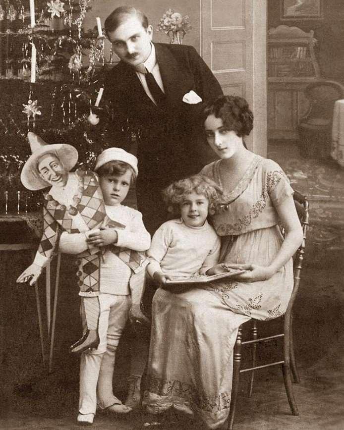Александр Васильев поделился воспоминаниями своих родных о Рождестве