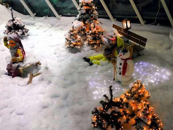 Новогоднее настроение в подарок от аэропорта