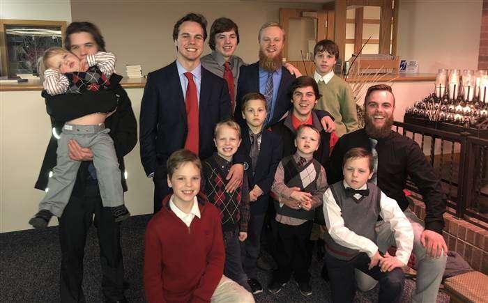 Американская семья с 13-ю сыновьями ждет еще одного ребенка
