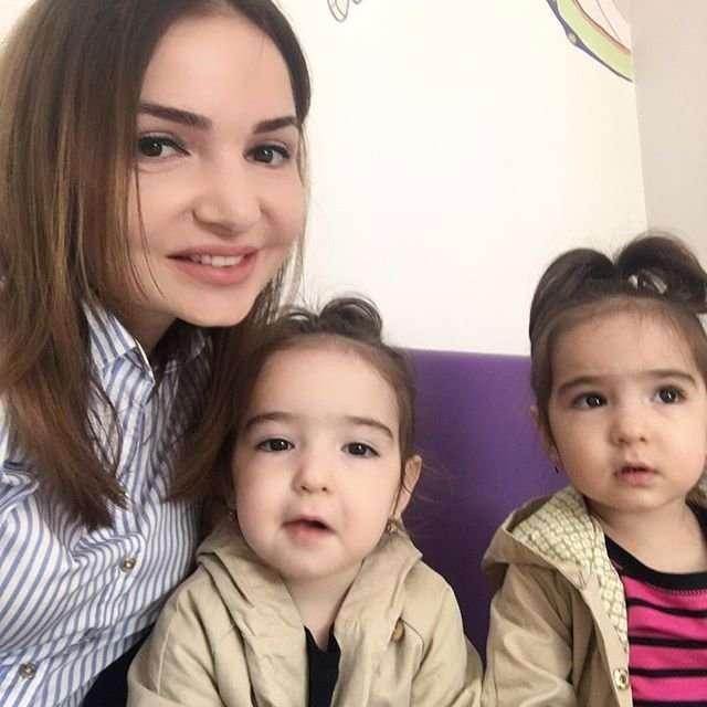 Быть мамой четырех принцесс