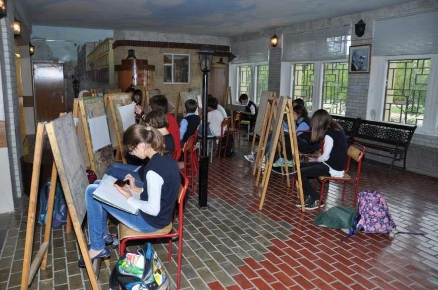 Зачем современным школьникам изучать строение птиц, отчего рухнул авторитет учителей и стоит ли тосковать по советскому образованию