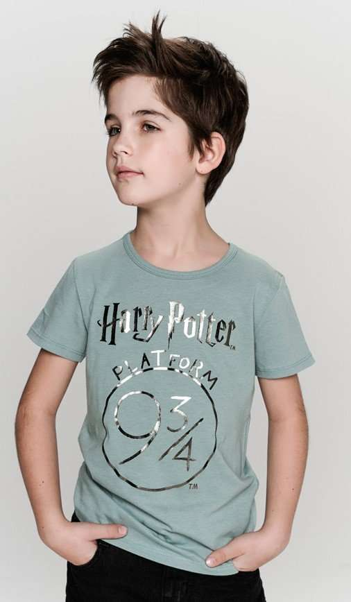 Капелька волшебства: праздничные коллекции для детей от бренда ТВОЕ